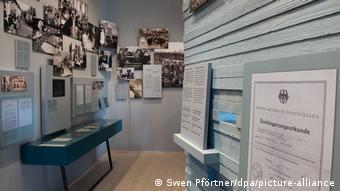 Один из выставочных залов музея