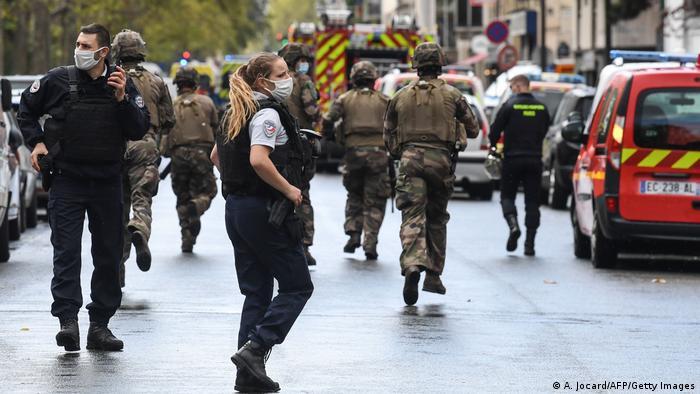 Paris Messeratacke bei Charlie Hebdo Redaktion
