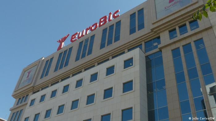 Hauptsitz der EuroBic Bank in Lissabon, Portugal
