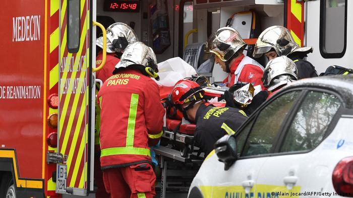 در حمله با چاقو در نزدیکی دفتر سابق شارلی ابدو چهار نفر زخمی شدند