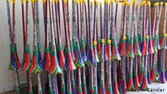 Vuvuzelas in den südafrikanischen Farben Foto: Katrin Gänsler