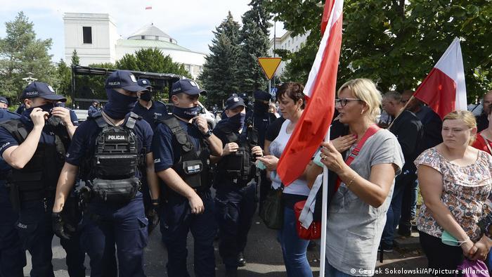 Polen Warschau Proteste von Pelztierfarmern