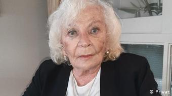 Nelly Minyersky.