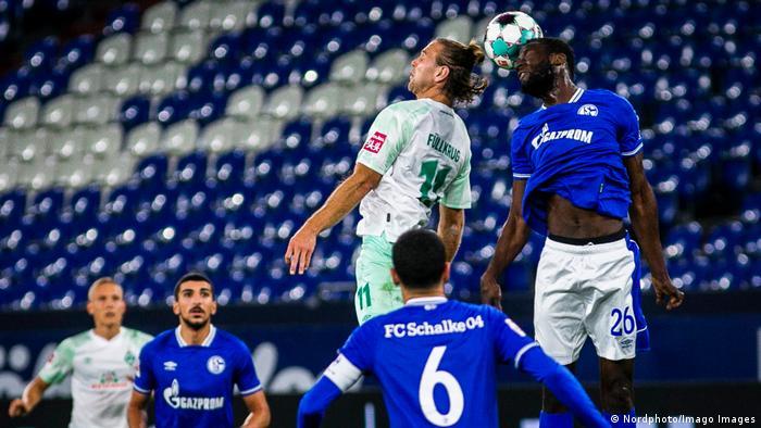 Schalke 04 v SV Werder Bremen.