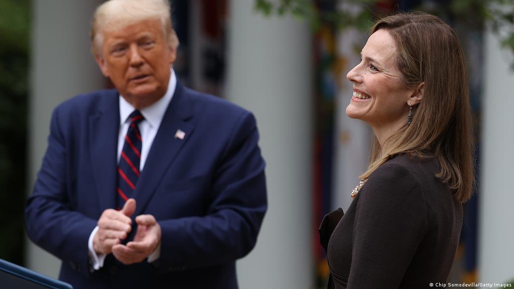 Donald Trump picks conservative Catholic Amy Barrett for Supreme Court |  News | DW | 26.09.2020