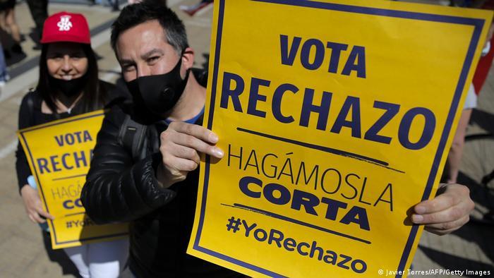 Chile   Proteste Verfassungsreferendum (Javier Torres/AFP/Getty Images)