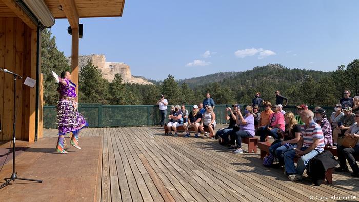 Cante Heart izvodi tradicionalne plesove za turiste