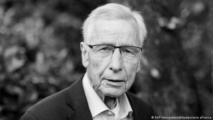 Wolfgang Clement ist tot (Rolf Vennenbernd/dpa/picture alliance)