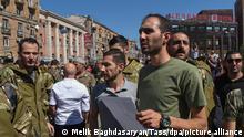 Armenien und Aserbaidschan Konflikt um Berg-Karabach   Freiwillige in Eriwan