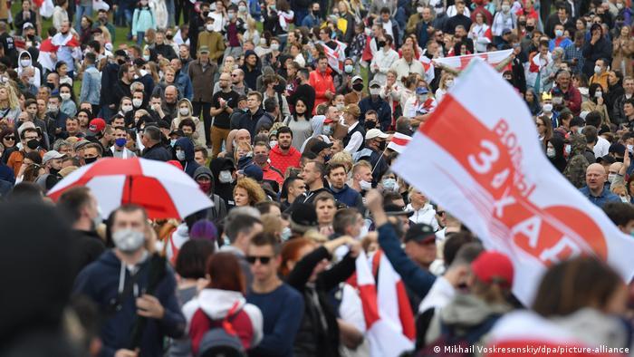 Weißrussland Minsk | Proteste gegen die Regierung Lukashenkos (Mikhail Voskresenskiy/dpa/picture-alliance)