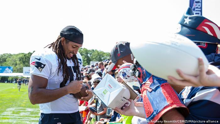 NFL I Jakob Johnson (Anthony Nesmith/CSM/ZUMA/picture-alliance)
