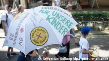 Querdenken-Bewegung | Corona-Demonstration in Stuttgart