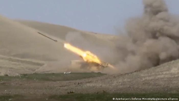 Aserbaidschan Konflikt um Berg-Karabach (Azerbaijan's Defense Ministry/dpa/picture-alliance)