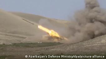 Азербайджанская ракета, выпущенная в сторону линии соприкосновения в регионе Нагорного Карабаха
