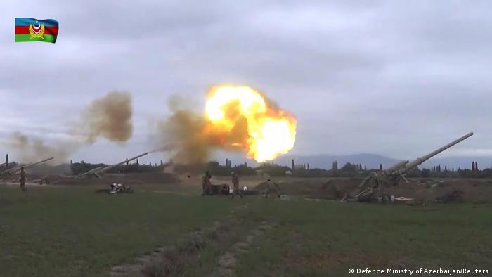صورة من فيديو لوزارة دفاع أذربيجان لما قالت إنها من معارك ناغورنو قرة باغ (28 سبتمبر/ أيلول 2020)