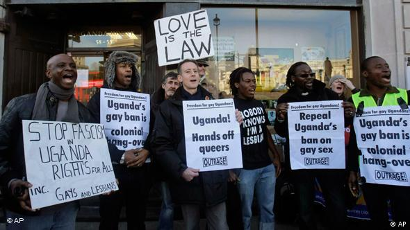 Protest gegen die Todesstrafe für Homosexuelle in Uganda(Foto: AP)