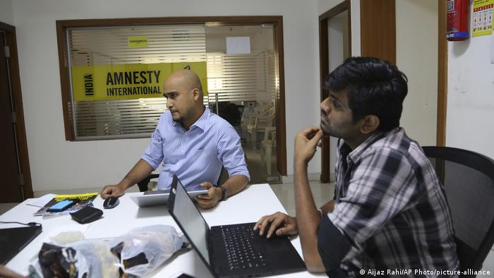 Indien Amnesty International (Aijaz Rahi/AP Photo/picture-alliance)