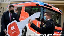 BdT I Berliner Feuerwehr stellt Löschfahrzeug mit Elektromotor vor