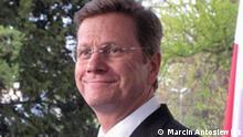 Bild 3. Westerwelle Porträt Titel: Guido Westerwelle Beschreibung Guido Westerwelle am Treffen des Weimarer Dreiecks in Bonn am 26./27. April 2010.