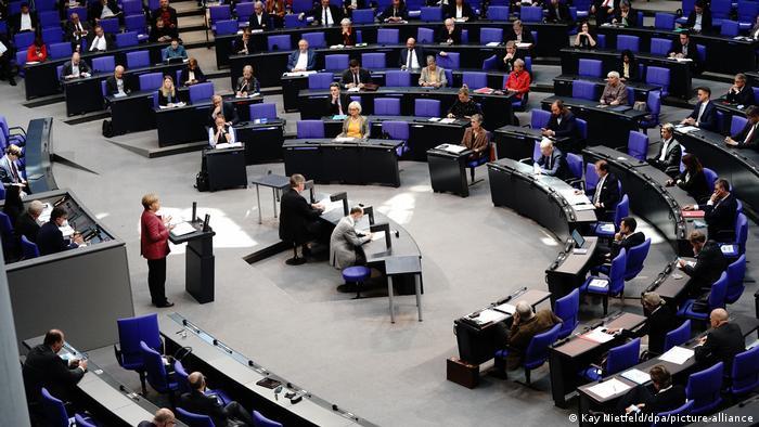 Deutschland Bundestag Bundeshaushalt (Kay Nietfeld/dpa/picture-alliance)
