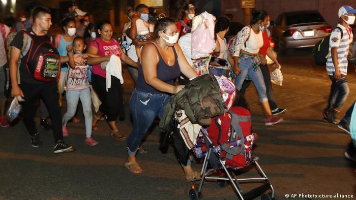 Honduras San Pedro Sula Migranten (AP Photo/picture-alliance)