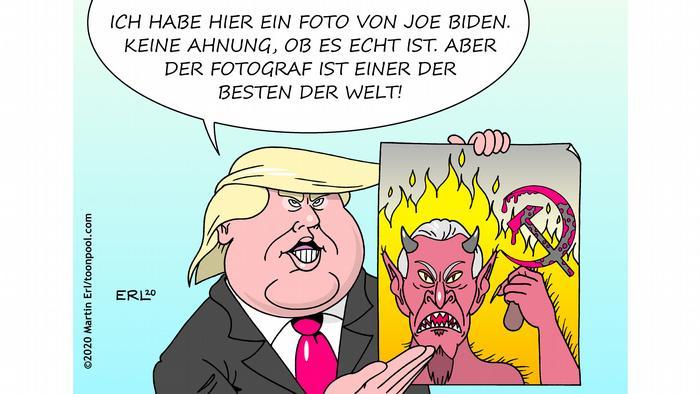 Donald Trump hält ein Bild von Joe Biden, der als Teufel mit Hammer und Sichel gezeichnet ist (Karikatur von Martin Erl)