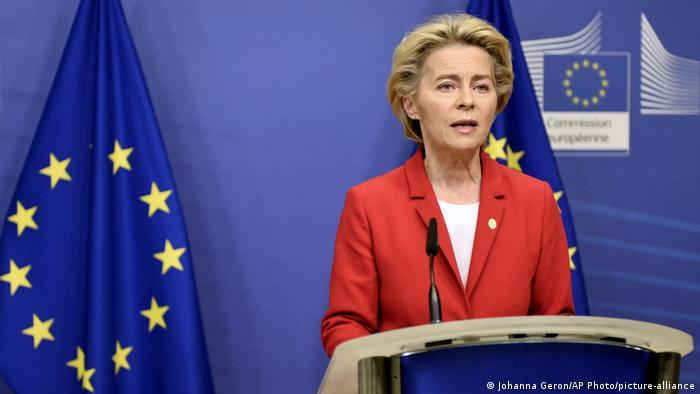 Belgien Brüssel | Pressekonferenz Brexit | Ursula von der Leyen (Johanna Geron/AP Photo/picture-alliance)