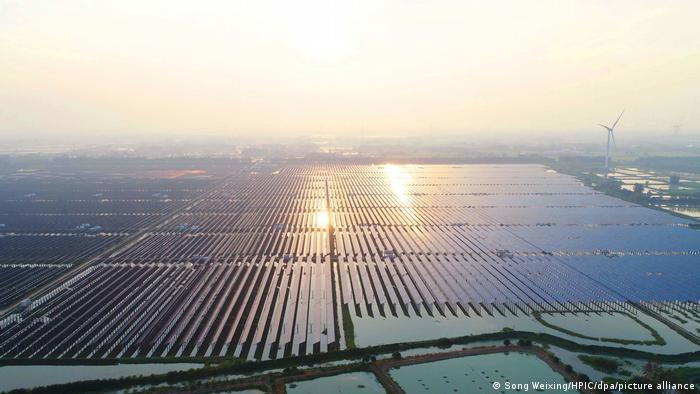 Китайская плавучая солнечная электростанция