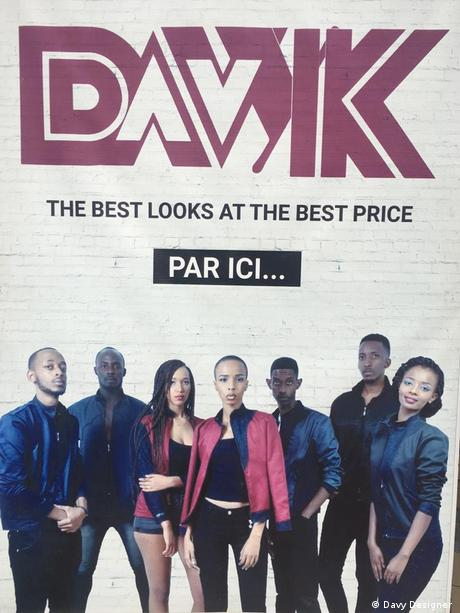 La publicité fait partie de la politique de commercialisation des vêtements chez DAVYK.