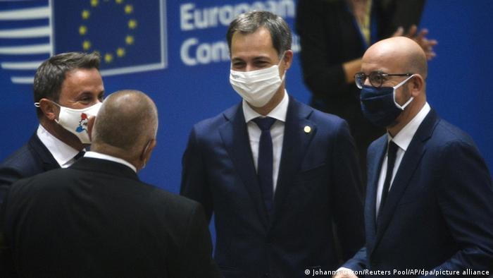Участники саммита Евросоюза в Брюсселе, 1 октября 2020 г.