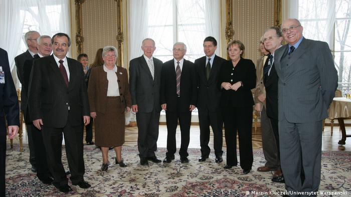 Spotkanie Jacka Karwowskiego (siódmy od prawej) i Grzegorza Chałasińskiego (drugi od prawej) z kanclerz RFN w 2007 r.