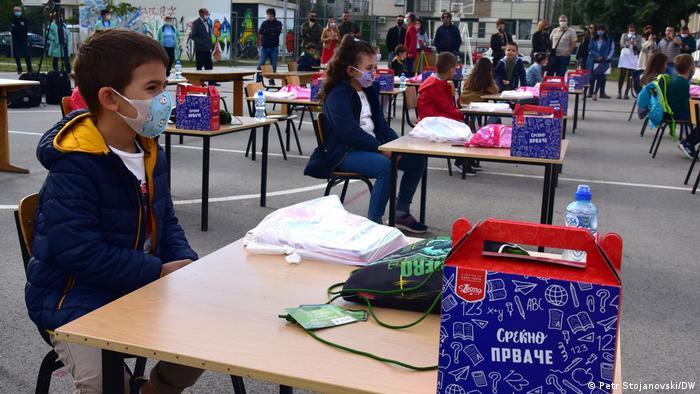 Erster Schultag in Nordmazedonien (Petr Stojanovski/DW)