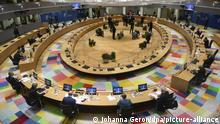 Brüssel EU Sondergipfel Merkel Orban