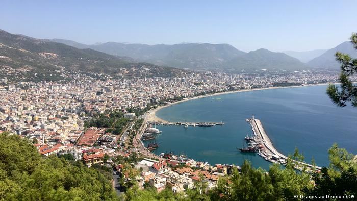 Курортный город Аланья в турецкой провинции Анталья