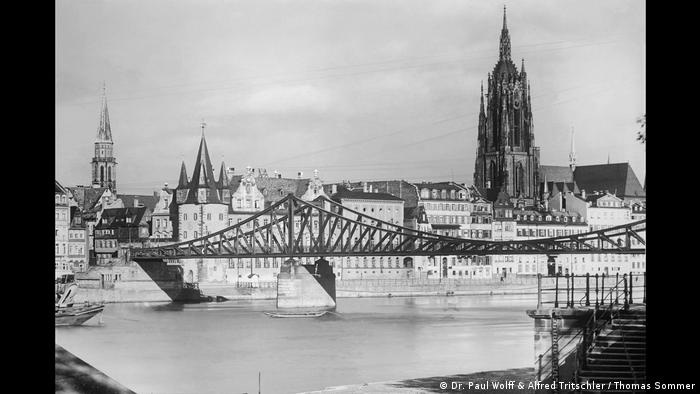 Panorama der Stadt Frankfurt (Dr. Paul Wolff & Alfred Tritschler / Thomas Sommer)