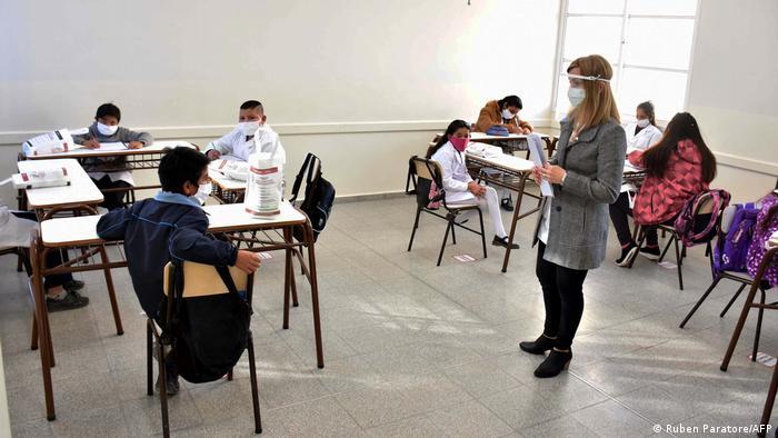 Argentinien Corona-Pandemie   Schule