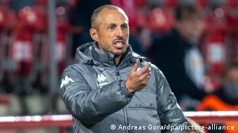 Mainz's interim head coach Jan-Moritz Lichte has a job on his hands