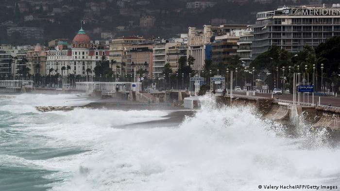 Nizza | Sturm Alex trifft die Küste (Valery Hache/AFP/Getty Images)