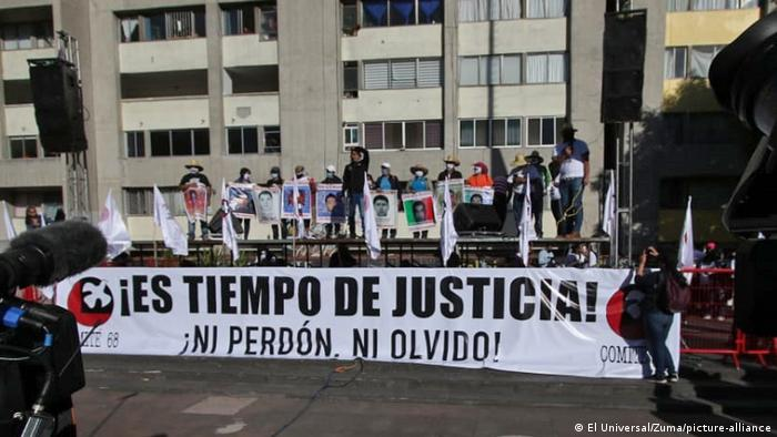 Mexiko City   Jahrestag Tlatelolco Massaker Proteste