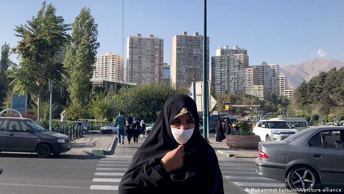 Iran  Coronavirus  Straßenszenen in Teheran