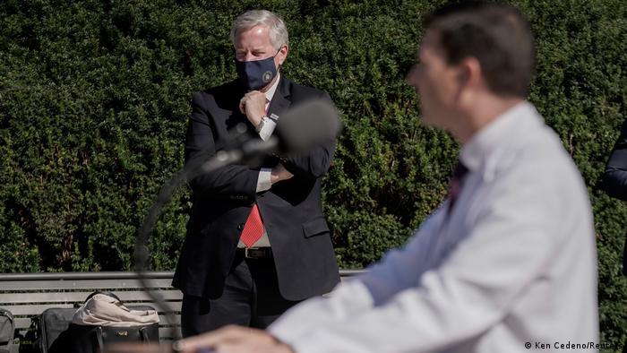 USA Mark Meadows und Dr. Sean Conley (Ken Cedeno/Reuters)