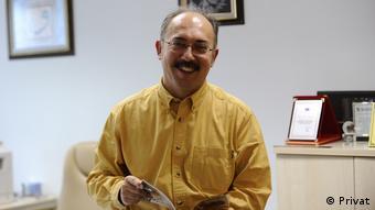 Prof.Dr. Serdar Sayan