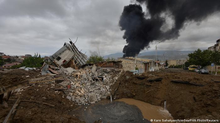 Aserbaidschan |Berg-Karabach | Angriffe in Stepanakert (Karo Sahakyan/ArmGov/PAN Photo/Reuters)