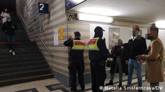 Έλεγχοι στο σταθμό της Κολωνίας
