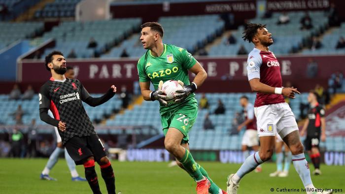 Karawa tsakanin Aston Villa da Liverpool cikin watan Oktoba