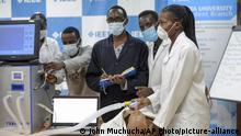 Kenia Corona l Medizinstudenten in Nairobi