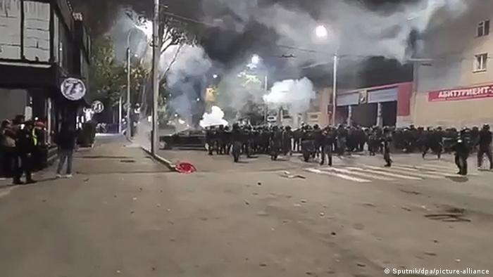 Полиция на улицах Бишкека 5 октября 2020 года