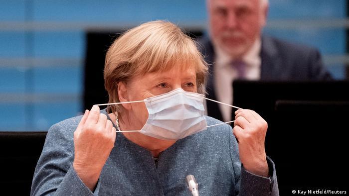 Berlin | Angela Merkel bei Verleihung des Integrationspreises
