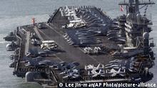 Südkorea Busan US-Flugezugträger USS Nimitz