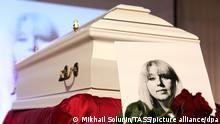 Russland Begräbnis von Irina Slawina